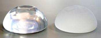 Brystimplantaternes ydre skal – glat eller nopret