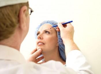 Operationsforløb ved ansigtsløftning