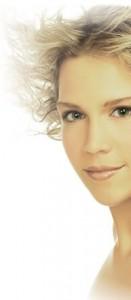 Alt om plastikkirurgi, skønhedsbehandlinger og kosmetisk medicin